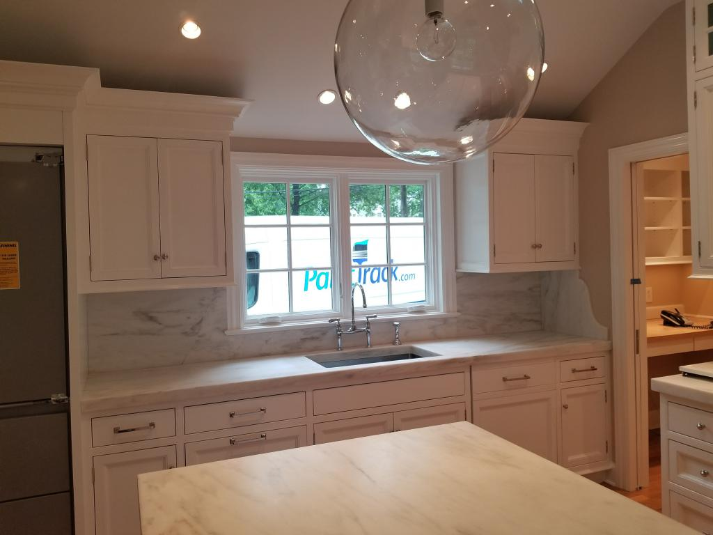 Interiror house painting gallery painting company westchester paint trackpaint track for Best rated interior house paint